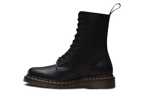 Shoes Dr. Martens 1490 Black 10092001